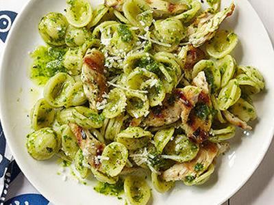 Pesto Oregghiette with Chicken